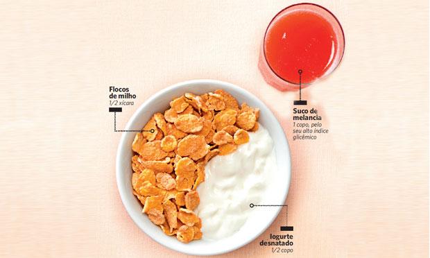 Tigela de cereal para comer antes de malhar