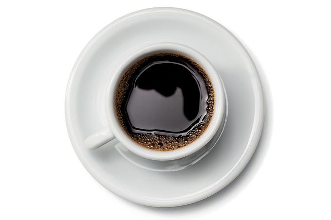 Misturar café com óleo de coco dá mais energia?