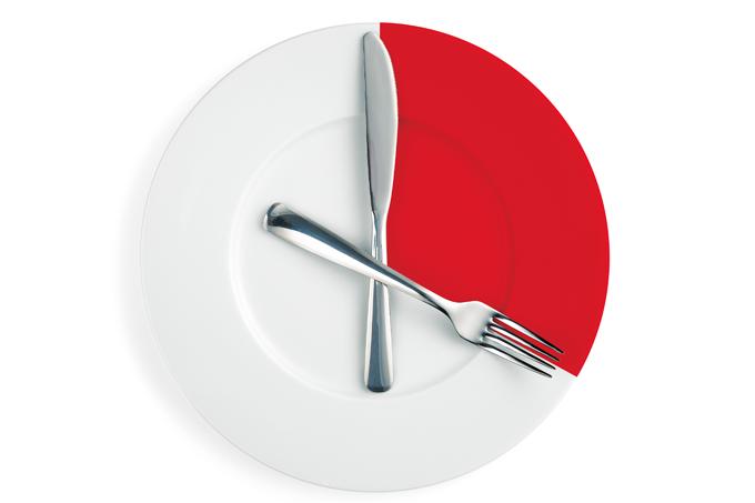 Comer muito rápido pode prejudicar a saúde