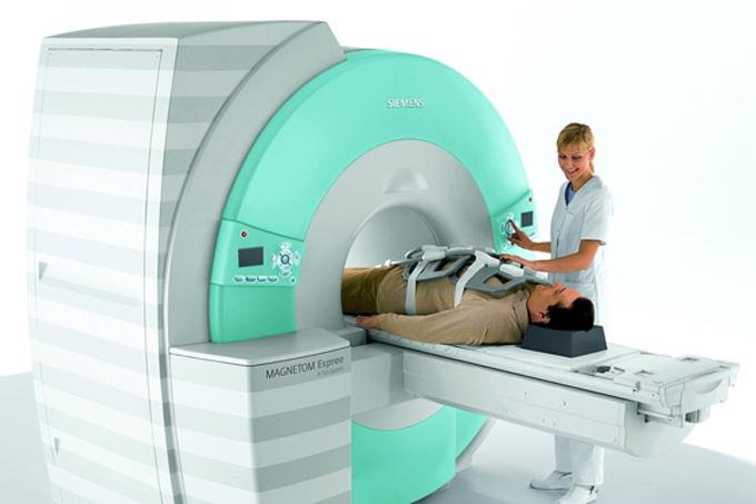 Como funciona a ressonância magnética