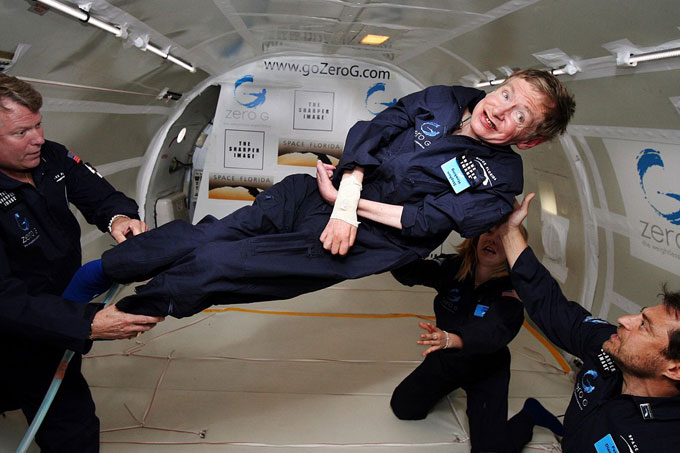 A esclerose lateral amiotrófica (ELA) afetou Stephen Hawking por anos antes de sua morte
