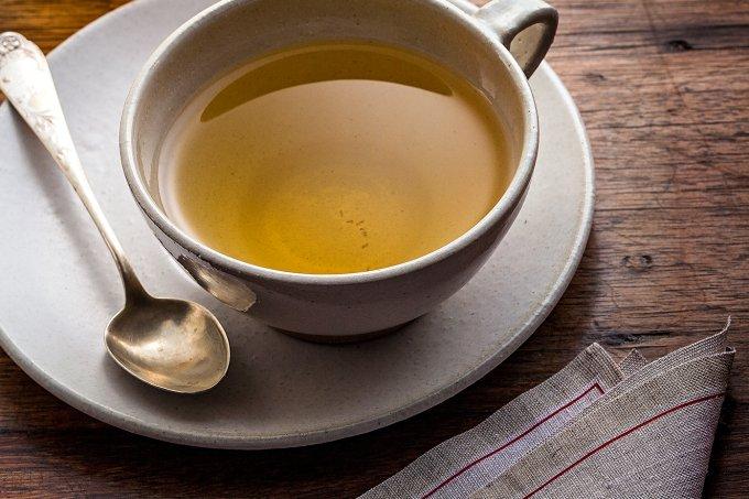 Há quem diga que o chá de salsa ajuda no combate à hipertensão