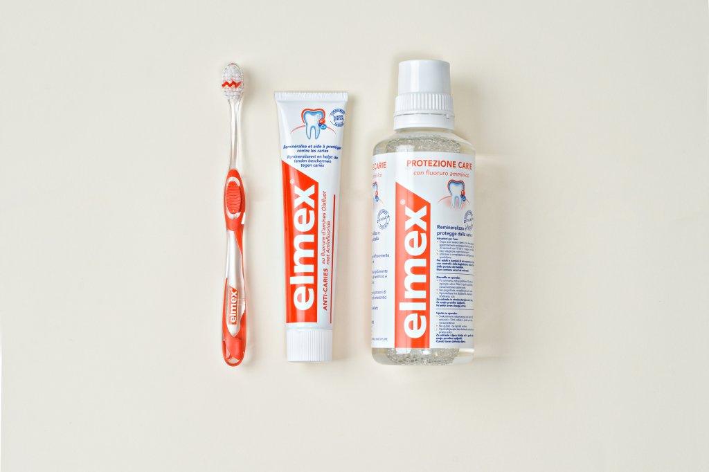 O uso diário e contínuo dos produtos elmex ajuda a prevenir o desgaste precoce dos dentes.