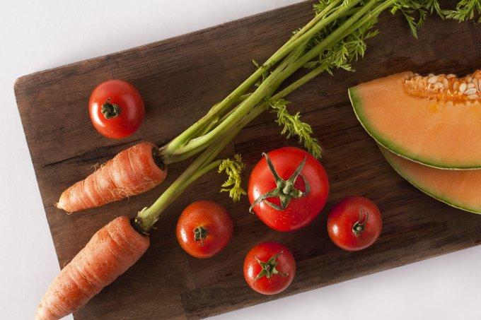 Conheça as recomendações de alimentação e exercícios para evitar o câncer