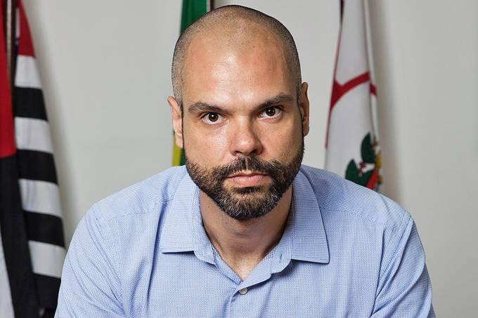 Bruno Covas: trombose e erisipela têm relação com câncer?