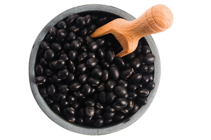 Os benefícios da soja preta.