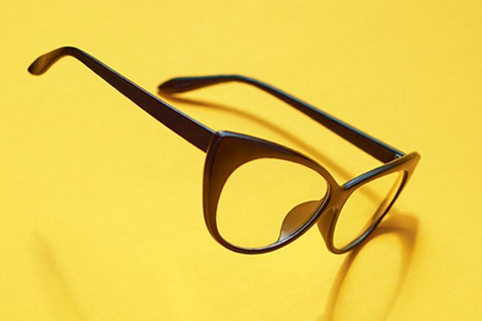 Coronavírus: é melhor usar óculos que lente de contato.
