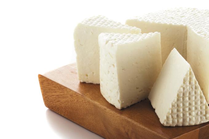 Tem jeito certo de conservar queijos