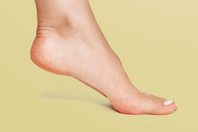 Coronavírus causa sintomas na pele e dedo de Covid?