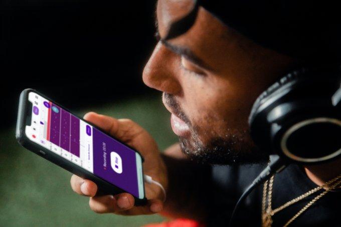 Comando por voz no celular